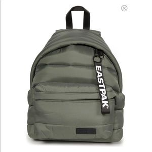 NWT EASTPAK Padded Pak'r Puffer Backpack